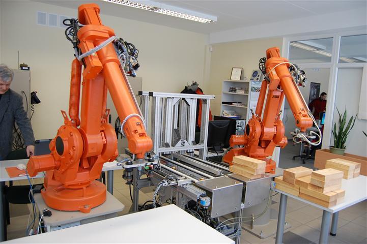 Robotas ruošiasi